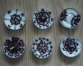 Set of 12 (6x2) Real Henna (Mehndi) Tea Light Decorative Candles