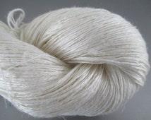 FINGERING Silk Linen Undyed Yarn, 2 Ply Undyed Fingering Yarn, Sock Weight Bombyx Silk Linen Ivory Undyed Yarn Blank