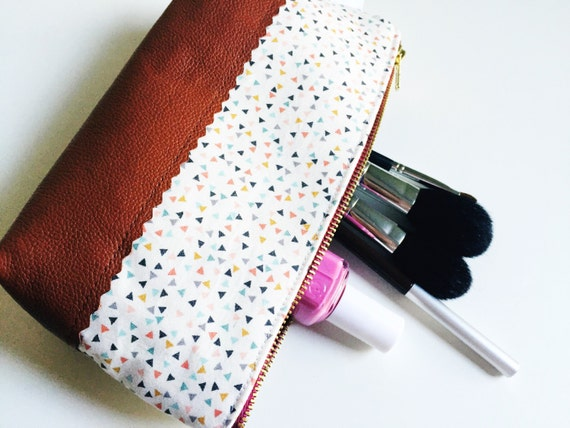 Leather Pouch Triangles, Makeup Bag, Leather Clutch, Small Leather Pouch, Toiletry Bag for Women