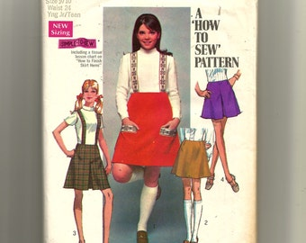 Simplicity Junior/Teens' Set of Skirts In Two Lengths and Suspenders Pattern 8363