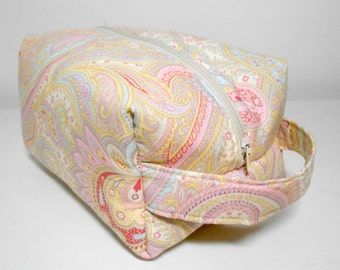 Dopp Kit or Cosmetic Pouch, Pastel Paisley Box Zip Pouch, make up bag