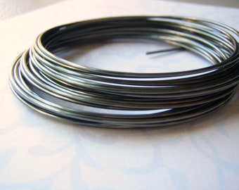 Hematite Wire Round Bead Wrapping Wire 16 to 28 Gauge Gunmetal Color
