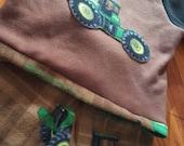 Boys 2pc John Deere Fleece Outfit Sz 6 by IM.BUTTERFLYCREATIONS