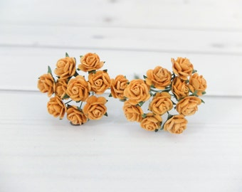 20 10mm ochre yellow roses with wire stem - 1 cm