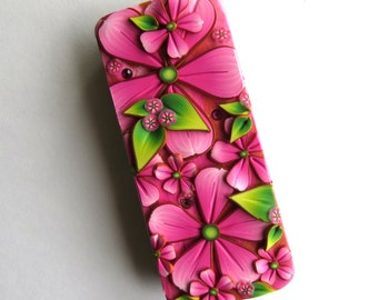 Pink Flower Slide Top Tin, Sewing Needle Case , Polymer Clay Covered Tin, Magnetic Needle Case, Slide Tin Treasure Keeper
