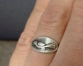 Bird ring - sterling silver ring - delicate ring - made to order ring - unique ring