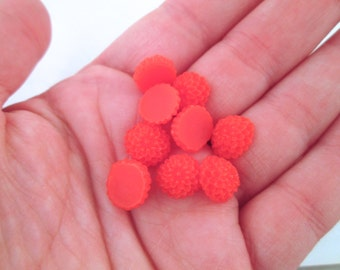 12 10mm chrysanthemum mum cabochons,  round floral itty bitty flower cabs, orange-red