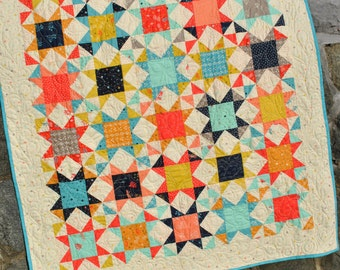 PDF Quilt Pattern.... Baby and Twin Quilt size, Patchwork Quilt, Layer Cakes or Fat Quarters, Desert Star