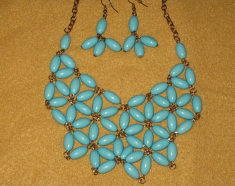 Turquoise bead necklace and earrings jewelry set