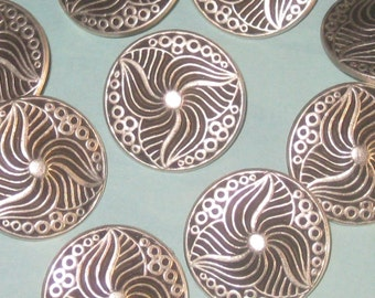 BEAUT Set 10 Trillium FLOWER vtg new antiqued SILVER metal buttons 24mm - 15/16""