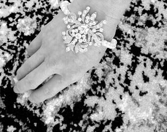 Bridal Bracelet, Vintage Inspired, Pearl Bracelet, Wedding Jewelry, Swarovski Crystal Bracelet, Crystal Embellished Bracelet