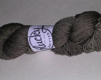 Plucky Traveler Aran Yarn - Steelcut