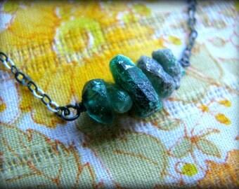 Raw Green Emeralds Necklace - Organic Rough Gemstones May Birthstone Gift Birthday Anniversary Wife Partner Best Friend Sister Daughter Mom
