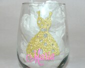 1 Personalized Bridesmaid Wine Glass,Gold Wedding,Gold Bridesmaid Gift,Personalized Wedding Gift,Gold Maid Of Honor, Bachelorette Glass