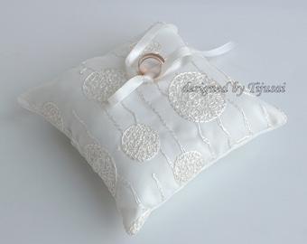Wedding ring pillow,ring bearer pillow, wedding pillow , ring bearer, ring cushion-ready to ship