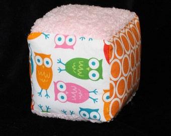 White Urban Zoologie Owls Fabric Block Rattle