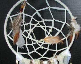 Ivory Dream catchers,dreamcatcher,bohemian,spiritual,native,baby shower,bedroom dec,nursery decor,bedroom decor, house warming gift,feathers