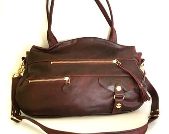 Okinawa bag in maroon oiled leather