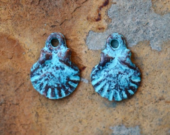 Green Patina Small Scallop Shell Charm, 6 pieces 10mm Beachy Shell Charms