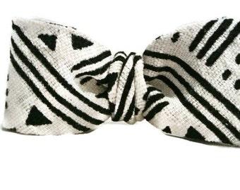 Mens Neckwear , Tribal Print Bow Tie , Mens Fashion , Pre-tied Clip-On Adjustable Bowtie , Menswear