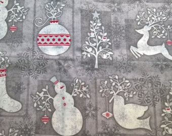 Christmas in Grey - fat quarter