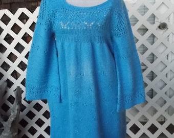 1960s hand knit dress, Very Cute MOD era baby doll, Bell sleeve empire waist cutie, sz 9/10/12
