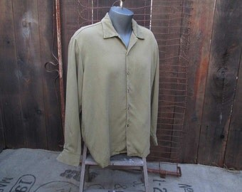 60s vintage Gabardine Shirt Olive Green twill shirt vintage rayon shirt long sleeve shirt L