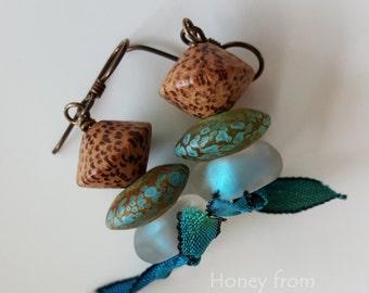 Ocean inspired earrings - Lampwork Earrings in aqua and moss