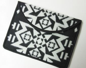 "13"" Macbook Pro Laptop Cover Sleeve Case Native American Print Blanket Wool from Pendleton Oregon"