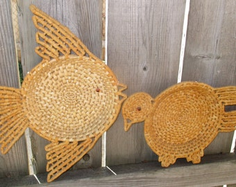 Vintage Mid Century Chicken and Fish Woven Wicker Wall Art Hanging Decor