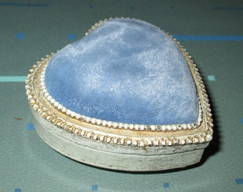 Vintage Florenza Heart Shaped Box with Pin Cushion Top
