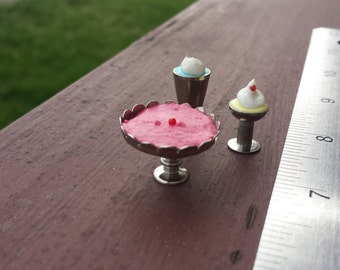 Miniature Milkshake and Display Stand Set