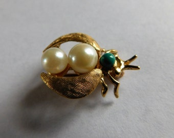Vintage Bug Brooch 14K Pearl Turquoise Brushed Gold Wings So Sweet!