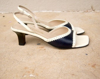 90s spectator sandals / Ann Taylor nautical kitten heels / navy blue white sling backs / strappy sailor low heels, womens 5.5 M
