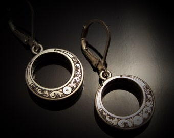 Hand Engraved Art Nouveau Offset Circle Dangle Earrings