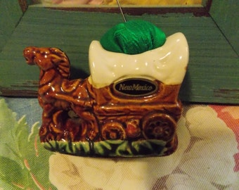 Vintage NEW MEXICO Porcelain PINCUSHION Horse Covered Wagon Sewing Room Accessory White Sands Collectible