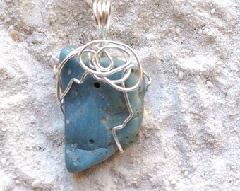 Leland Blue Wire- Wrapped Pendant