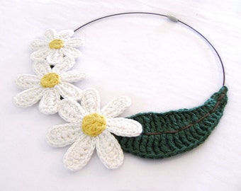 MADE TO ORDER - Crochet flower necklace,daisy necklace,fiber necklace,cotton necklace,nature inspired,vegan jewelry,giada cortellini,spring