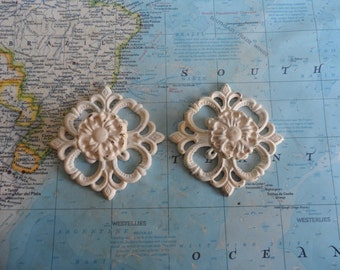 SALE! 2 vintage French Provincial ivory rosette brass metal knobs w/match trimplates