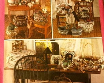 Simplicity 9471 Fabric Covered Picture Frames and Baskets Uncut