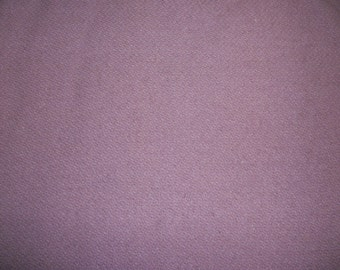 Lilac. As-Is Wool.  Rug Braiding. Applique. Spring. Primitive.