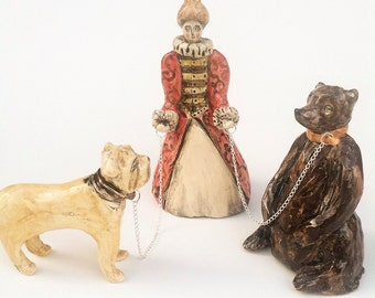 Ceramic miniature figure set Queen Elizabeth I Bear Baiting with her English Dog.