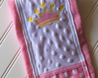 Baby-Burp-Cloth-Personalized-Royal-Crown-Princess-Girl-Burps-Modern-Stylish-Drool-Towels-Diaper-Shower-Nursery-Newborn-Essentials-Gifts