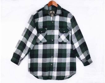 80's vintage GREEN flannel shirt // lumberjack plaid // COTTON flannel // men's L