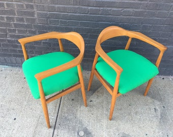 Danish Modern Midcentury Teak Dining Chair (Pair Available)