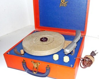 King Portable 3 speed Record Player, Restored With Warranty