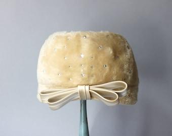 1960s Hat / Vintage 60s Cream Fur Rhinestone Hat / Satin Bow and Sparkling Stones 1960s Hat