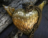 Gothic Steampunk Golden Wing Heart Pin Pendant Brooch
