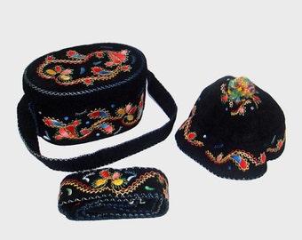 1970s purse / vintage 70s purse / matching set  / embroidered box purse / Black Embroidered Box Purse, Cap, and Belt Set