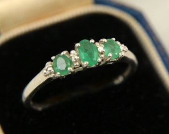 Vintage Emerald Ring Sterling Silver Natural Emerald Genuine Emerald Gemstone Ring 3 Stones Anniversary Ring Skinny Ring US Size 9 UK S